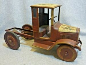 Buddy L Closed Cab Truck on Frame from 1920s...For Custom Build or Restoration