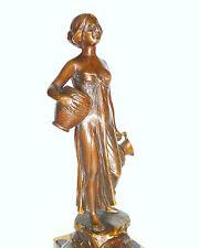Schöne Bronze Figur um 1900 sign. Hamburger Bronzegarantie B-236
