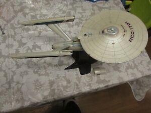 Star trek art asylum enterprise NCC-1701 A wrath of khan lights sounds model