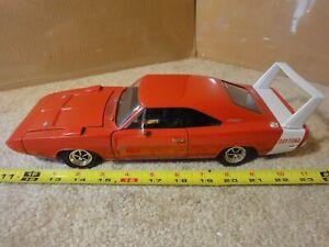 Ertl 1969 Dodge Daytona Charger Hemi. 1/18 scale diecast model car. Orange.