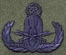 US ARMY EOD Master Explosive Ordnance Disposal OD Olive Drab Insignia Patch
