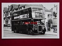 PHOTO  LONDON TRANSPORT  BUS NO RTW494 AT STREATHAM 10/5/64