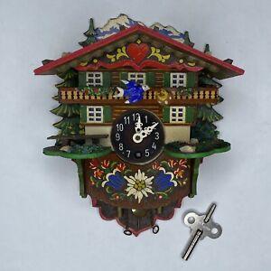 Vintage Hekas Kuckuck Cuckoo Wind-Up Clock w/Key Black Forest, Germany - WORKS