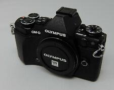 Olympus OM-D E-M5 Mark II Kamera schwarz guter Zustand 8.400 Auslösungen OVP