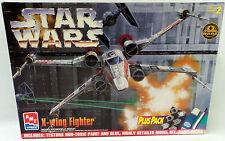 STAR WARS : A NEW HOPE : X-WING FIGHTER  MODEL KIT BY AMT/ERTL  (MI)