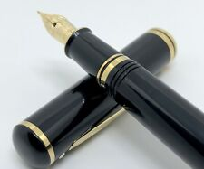Sheaffer Connaisseur Black Fountain Pen 18K Gold Nib