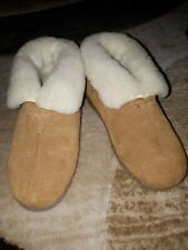 RJS Fuzzies Womens Suede Leather Sheepskin Slippers Tan Size L 7