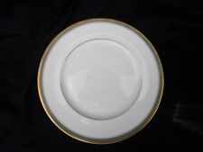 Royal Doulton CLARENDON. Dinner plate. diameter 10 5/8 inches.