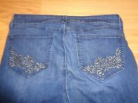NYDJ   Barbara Los Angeles woman jeans size  14