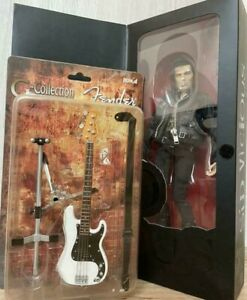 Medicom Toy Sex Pistols Sid Vicious Action Figure With instrument Base Rare Item