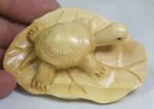 BEAUTIFUL CARVING LOTUS LEAF TORTOISE BOXWOOD NETSUKE