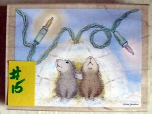 HOUSE MOUSE LG MOUNTED RUBBER STAMP -2003 - NORTHERN LIGHTS - MINT   #15