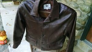 Misty Harbor brown heavy leather men's jacket Size:M Very good condition Button