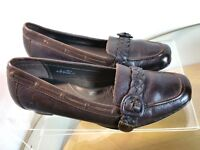 Born Loafers Women's Size 9  Brown Leather Buckle Slip On Heel