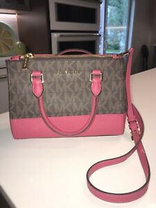 Michael Kors..Signature Jet Set Brown/Berry Crossbody Handbag..NWOT