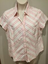 SUZANNE GRAE WOMEN'S TOP...SIZE 18...stretch..lovely fabric...v.g.cond