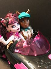 Monster High 1600 Forbidden Love Draculaura & Clawd Wolf w/ROADSTER DISCONTINUED