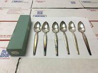 Vintage Lot of 6 Silverplate Grapefruit Spoons WM Rogers Mfg Flatware