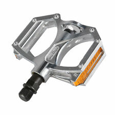 WELLGO M195 Cycling Aluminum Cost-effective Bicycle Bearing Pedals 9/16'' Silve