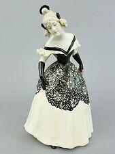 Goldscheider Figur, Balldame,  junge elegante Dame, um 1915 Mod.Nr. 9333, H=31cm