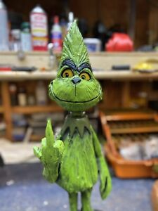 NAUGHTY MIDDLE FINGER GRINCH Chainsaw Carving Dr. Seuss BLACK WALNUT Wood UNIQUE