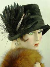 Cappello VINTAGE 1920s Cloche Hat Originale, Nero Spazzolato Feltro W Piume & Deco Pin