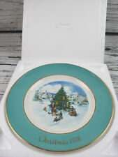 Collectible Avon Christmas plate 1978 Trimming The Tree In the Original Box