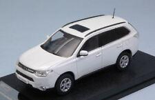 Mitsubishi Outlander 2010 Pearl White 1:43 Model 29391 VITESSE