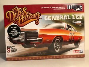MPC 1969 DODGE CHARGER SNAP IT MODEL KIT 1:25 THE DUKES OF HAZZARD GENERAL LEE