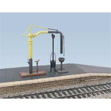 Water Crane & Fire Devil - Ratio 413 OO/HO Building & accessories