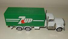 Véhicules camion Publicitaire miniature 7 UP CORGI