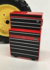 Farm Toy 1/16 Scale Tool Chest & Roll Around Cabinet Display