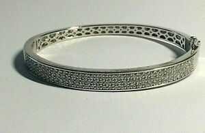 925,STERLING SILVER CUBIC ZIRCONIA LADIES PAVE BANGLE, 20.30.GRAMS,