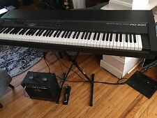 Roland RD300 Electronic Piano Keyboard w Peavey Amp, M Gear Foot Pedal, Stand