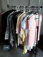 DESTOCKAGE VÊTEMENTS: Lot de 20 hauts tshirts vestes femme neufs revendeur L196