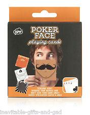 Cara de póquer jugando a las cartas Naipes Juego Fiesta Juego humorístico