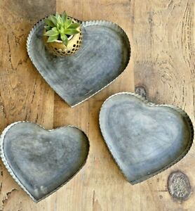 Metal Heart Shaped Trays Rustic Distressed Shabby Chic Vintage Decor