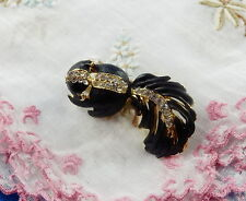 BROCHE ANCIENNE ADORABLE MOUFFETTE EMAIL STRASS  sur metal PLAQUE OR