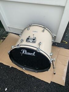 "Free P&P. Beautiful Pearl 20"" Bass Drum."