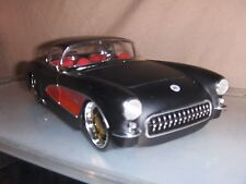 Toy Jada Dub 1:24 Black 1957 Chevy Corvette Hot Rod diecast car