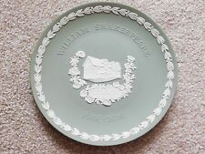 "LARGE SAGE GREEN WEDGWOOD JASPERWARE 8"" PLATE SHAKESPEARE'S BIRTHPLACE BOXED"