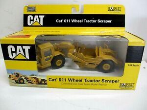 NORSCOT CAT 611 Wheel Tractor Scraper #55064 1:64 Scale Articulated Grader