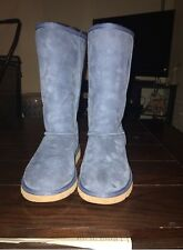 Uggs for Sale size 4 kids Practically New Worn Once or Twice