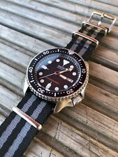 Seiko Skx007 Diver Watch with Nato Strap & Original Stainless Steel Band