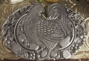 """LENOX Williamsburg Collection Expandable Aluminum Rooster Trivet 12""""- 14.5"""""""