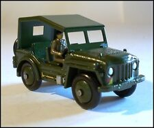 DINKY TOYS - AUSTIN CHAMP MILITÄR JEEP NO. 674 - REFURBISHED