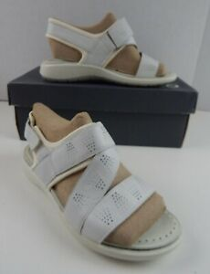 Ecco Womens Soft 5 Sandal, 4-4.5 US