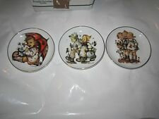Set of Three Reutter Porzellan M.J. Hummel Germany Collector Plates 4 Inches Mj