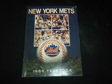 1989 NEW YORK METS YEARBOOK - MLB COLLECTIBLE YEARBOOKS - F 1568