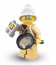 Lego Minifigure Series 2 Explorer Figure Sealed in Packet